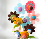 Spring bouquet made from buttons and felt