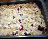 Bubbly Berry Cobbler: 6 Quick and Easy Sweet Treats | countingtheleaves.com